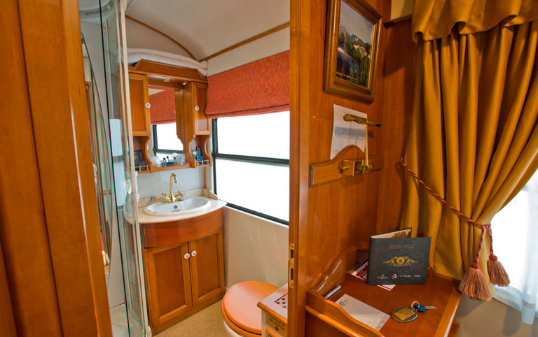 8 day El Transcantabrico Classico Cabin Grand Class Suite
